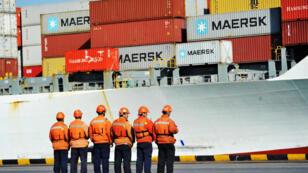 L'administration Trump doit dévoiler une liste de tarifs punitifs ciblant les produits chinois.