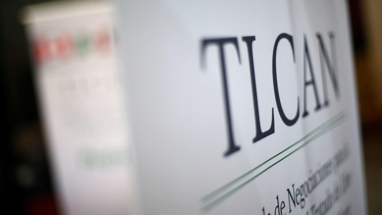 El letrero del TLCAN aparece en un hotel donde se desarrolla la séptima ronda de conversaciones, en Ciudad de México, el 25 de febrero de 2018.