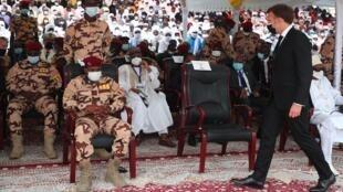 Hommage à Idriss Déby au Tchad, en présence d'Emmanuel Macron