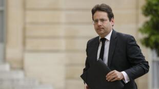 Le secrétaire d'État au Commerce extérieur Matthias Fekl, le 16 juillet 2016, arrive à l'Élysée.