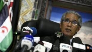 محمد ولد سالك أحد قادة جبهة البوليساريو خلال مؤتمر صحفي الأربعاء بالجزائر