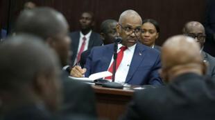 El primer ministro de Haití, Jack Guy Lafontant, asiste a una reunión con miembros del Parlamento en Puerto Príncipe, Haití, el 14 de julio de 2018.