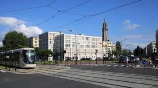 Le tramway du Havre, inauguré en 2012 par le maire Édourd Philippe, désormais Premier ministre.