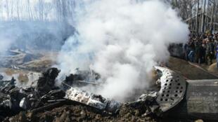 حطام الطائرة الهندية التي أسقطت في كشمير. 20198/02/27.