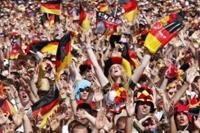 L'Allemagne s'enthousiasme pour son équipe multiculturelle