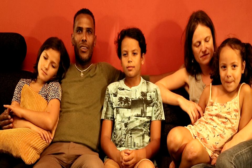 أسرة مغربية مقيمة في السويد