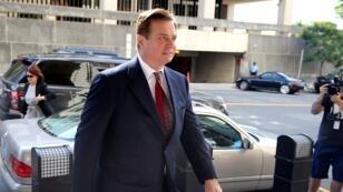 En esta foto de archivo tomada el 15 de junio de 2018, Paul Manafort llega a una audiencia en el Tribunal de Distrito de EE. UU. en Washington D.C.