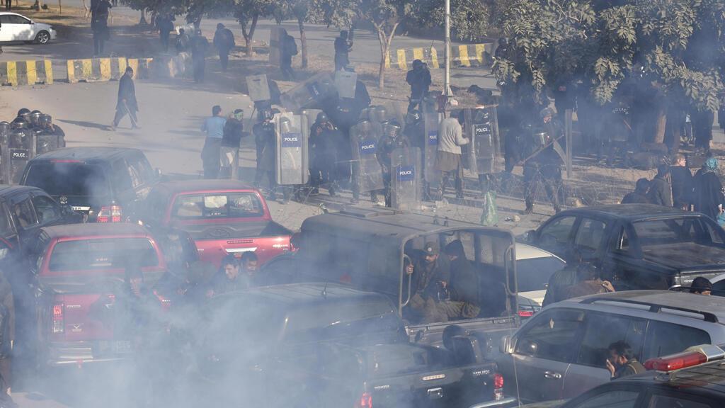 Disturbios tras la condena al exprimer ministro Nawaz Sharif