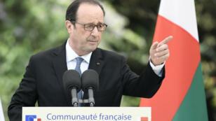 """Le collectif regrette que le président français ne se soit """"exprimé sur aucune élection présidentielle en Afrique"""""""