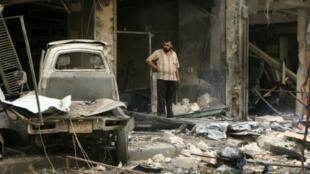 دمار جراء القصف في حي الشعار في حلب 21 سبتمبر 2015