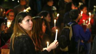 Vigilia en honor a campesinos que fallecieron el 5 de octubre en medio de protesta en Tumaco.