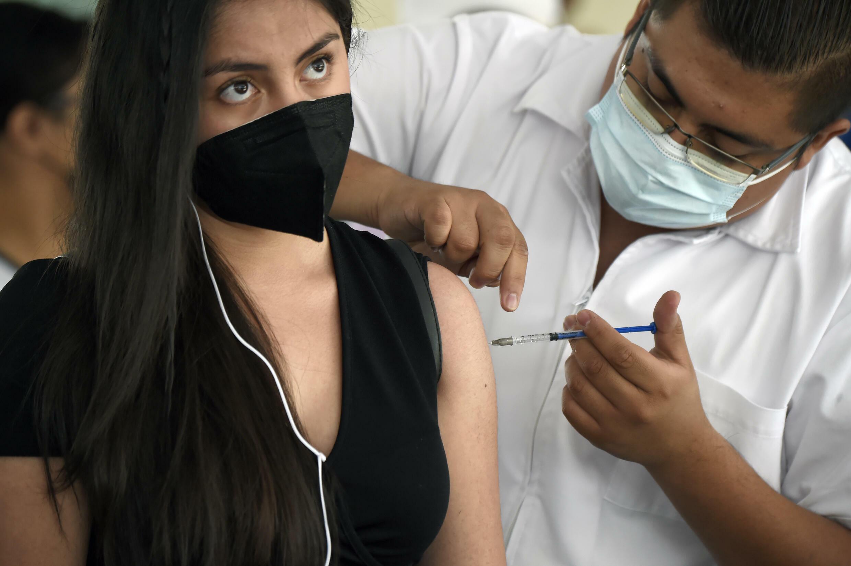 RDIF dice que su vacuna Sputnik V de dos dosis ha sido aprobada en 68 países, lo que representa casi la mitad de la población mundial.