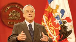 El presidente de Chile, Sebastián Piñera, habla a los medios durante una reunión en el Palacio Presidencial La Moneda en Santiago, Chile, el 21 de marzo de 2018 (Imagen de archivo).