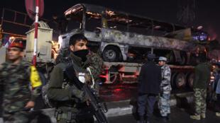 Environ 4 600 policiers et soldats afghans ont été tués dans les dix premiers mois de 2014.