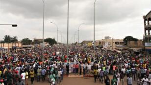 Des milliers de manifestants ont défilé dans les rues de Lomé, mercredi 29 et jeudi 30 novembre 2017.