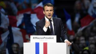 Emmanuel Macron, lundi 17 avril 2017, en meeting à Bercy.
