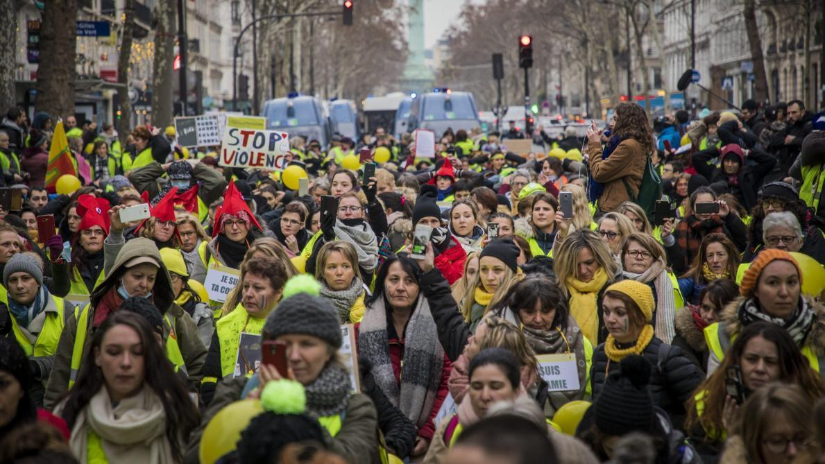 "A rally by women Yellow Vests in Paris in February 2019, posted on Oriane and Cherifa's Facebook page ""Femmes Gilets Jaunes""."