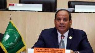 Abdel Fattah el-Sisi, élu nouveau président de l'UA, assiste à une conférence de presse à l'occasion de la clôture du sommet de l'UA à Addis-Abeba, en Ethiopie, le 11 février 2019.