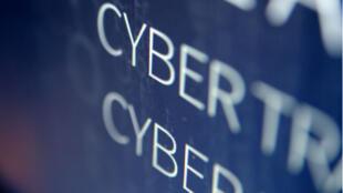 Un groupe de hackers a infiltré le réseau de correspondance diplomatique européenne.