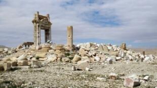 جانب من الآثار في مدينة تدمر بعد أن استعادتها قوات النظام السوري من أيدي تنظيم الدولة الإسلامية