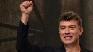Boris Nemtsov, le 15 septembre 2012, lors d'une manifestation anti-Poutine à Moscou.