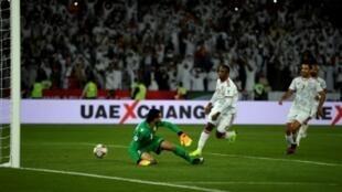 الإماراتي أحمد خليل يسجل هدف التعادل في مرمى البحرين بكأس آسيا 5 يناير 2019