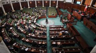 L'Assemblée des représentants du peuple de Tunisie a voté mardi 9 octobre la loi sur l'élimination de toutes les formes de discrimination raciale.