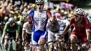 Arnaud Démare s'impose pour la première fois sur le Tour 2018, jeudi 26 juillet à Pau.