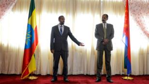 Abiy Ahmed, le Premier ministre éthiopien et Isaias Afwerki, le président érythréen, lundi 16 juillet à Addis-Abeba