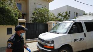 Ambassador Du Wei was found at his home in Herzliya, north of Tel Aviv, on Sunday