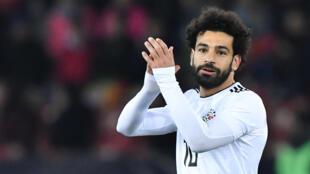 محمد صلاح يحتفل بافتتاح التسجيل لفريقه ليفربول ضد مانشستر سيتي في 4 نيسان/أبريل 2018
