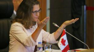 La ministre des Affaires étrangères du Canada, Chrystia Freeland, a lancé un avertissement aux Américains lundi.