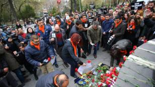 تكريم ضحايا تفجير أنقرة الذي خلف 37 قتيلا
