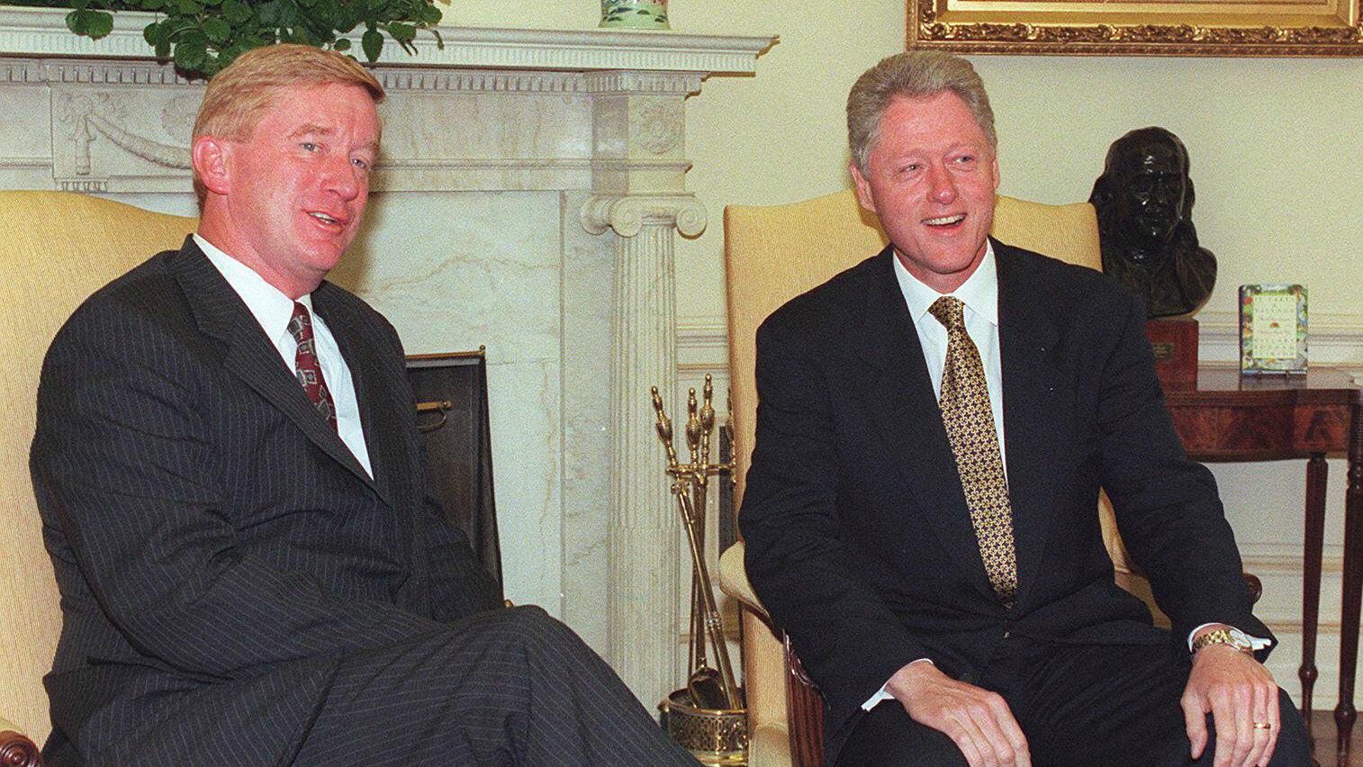 El 31 de julio de 1997, William Weld se reúne con el presidente Bill Clinton en la Casa Blanca, en Washington.  Weld fue nominado para ser el embajador de Estados Unidos en México.