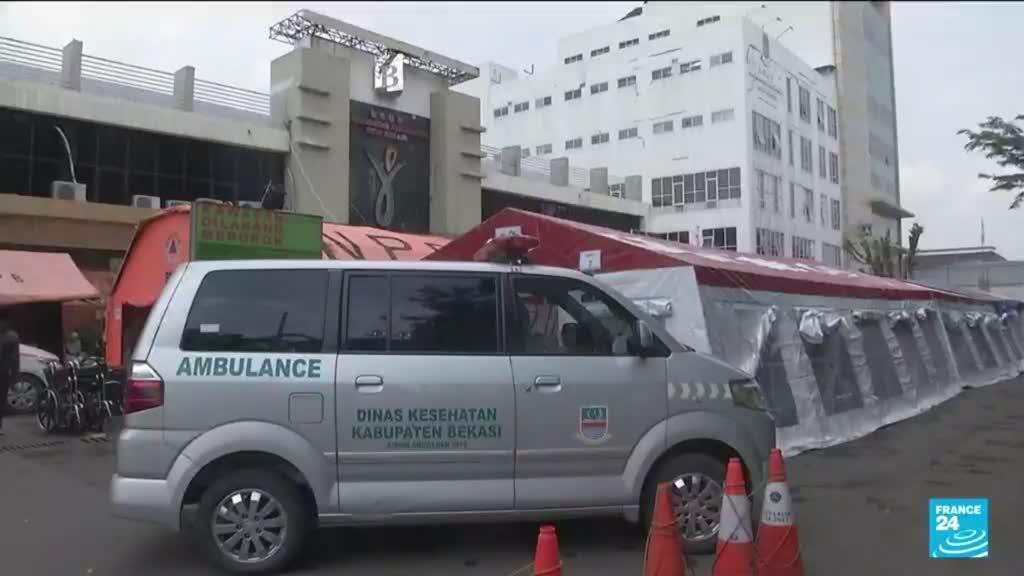 2021-07-06 12:05 Indonesia faces oxygen shortages as COVID cases quadruple