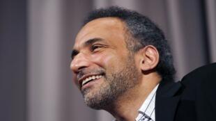 طارق رمضان خلال مقابلة مع رويترز في نيويورك، 8 أبريل/نيسان 2010.