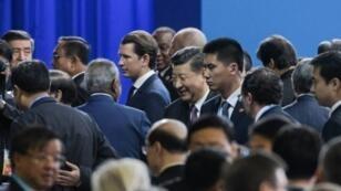 """الرئيس الصيني شي جينبينغ يرحب بالمشاركين في اجتماع """"منتدى الحزام والطريق"""" في بكين في 26 نيسان/أبريل 2019"""