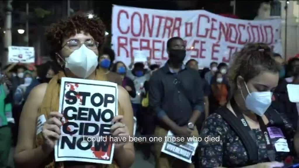 2021-05-14 11:10 Brazilians demand justice and protest against police violence after bloody raid in Rio's favela