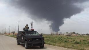 Des soldats irakiens lors d'une opération près de Tikrit, le 9 mars 2015.