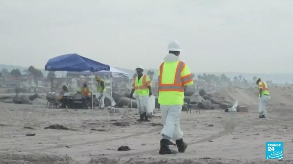 2021-10-06 08:14 Evidence suggests ship anchor snagged, dragged oil pipeline