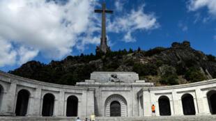Foto de archivo del monumento de El Valle de los Caídos el municipio de San Lorenzo de El Escorial, España, el 3 de julio de 2018.