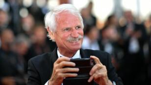 Le photographe Yann Arthus-Bertrand lors de la 70e édition du Festival de Cannes, le 22 mai 2017.