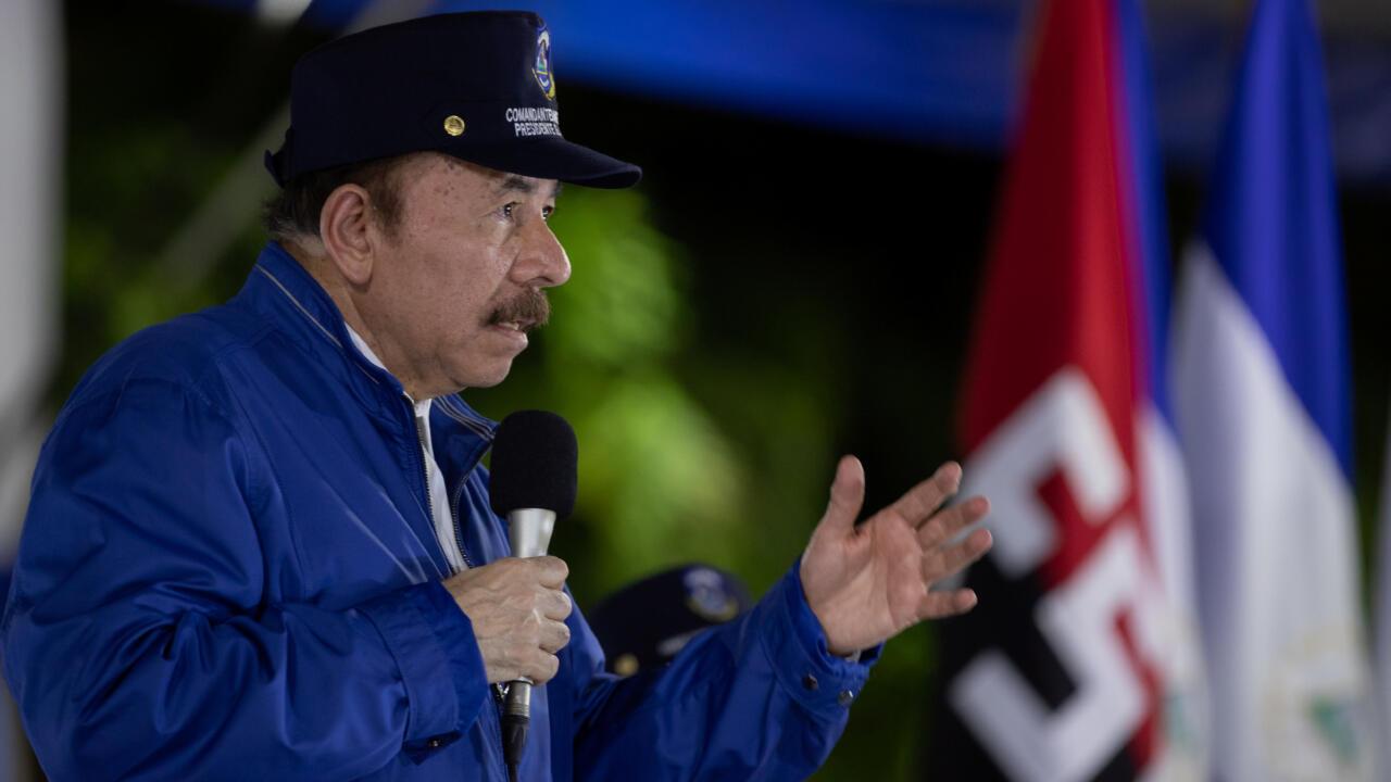 Archivo-El presidente de Nicaragua, Daniel Ortega, pronuncia un discurso durante una ceremonia para conmemorar el 41 aniversario de la Policía Nacional de Nicaragua, en Managua, el 9 de septiembre de 2020.