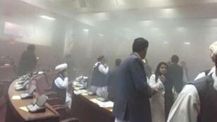 Selon le porte-parole de la police, tous les parlementaires sont sains et saufs.