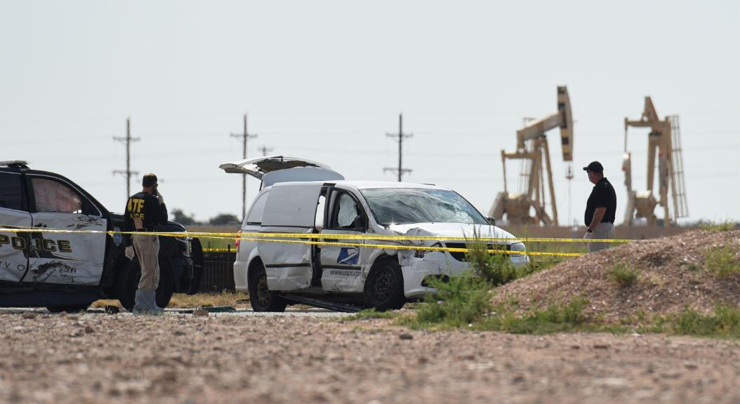 El 1 de septiembre de 2019, las autoridades indagan en el camión de servicios de correo, que el atacante robó y utilizó para disparar desde allí, hasta llegar a las inmediaciones de un teatro, Cinergy, en Odessa, Texas, EE. UU.
