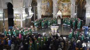 Des évêques réunis à Lourdes pour la conférence épiscopale, le 7 novembre 2016.