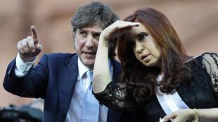 Amado Boudou, entonces electo vicepresidente, junto a la entonces reelecta presidenta Cristina Fernández de Kirchner durante la ceremonia de asunción, el 10 de diciembre de 2011.