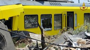 Deux trains qui se trouvaient sur la même ligne ferroviaire locale sont entrés en collision dans la région des Pouilles, en Italie.