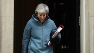 La primera ministro británica, Theresa May, insta a los diputados a respaldar su plan de Brexit. En Bruselas destacaron el carácter ´difícil´ de las negociaciones el 6 de marzo