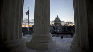 Le Sénat américain (à majorité républicaine) ne procèdera à aucun vote sur le candidat qu'Obama choisira pour siéger à la Cour suprême.